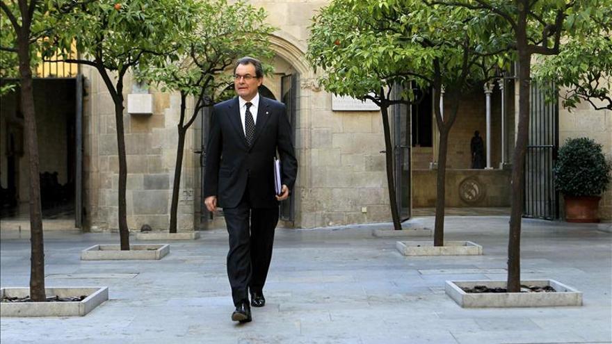 """Mas admite que la relación entre la Generalitat y el Gobierno es """"tensa"""""""