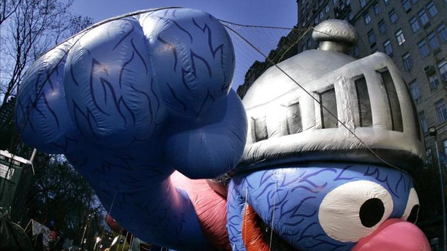 Los globos del desfile de Acción de Gracias en peligro por el viento