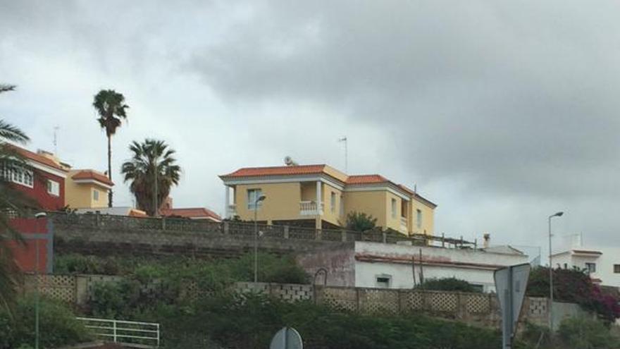 Vía entre el Barranco de Piletas y San Lorenzo. @PoliciaLPA