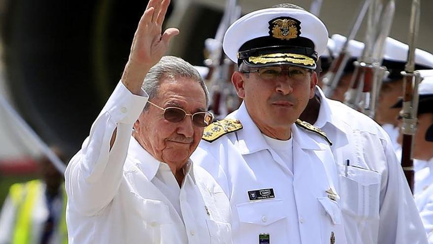 Raúl Castro llega a Cartagena para ser testigo de la firma de la paz colombiana