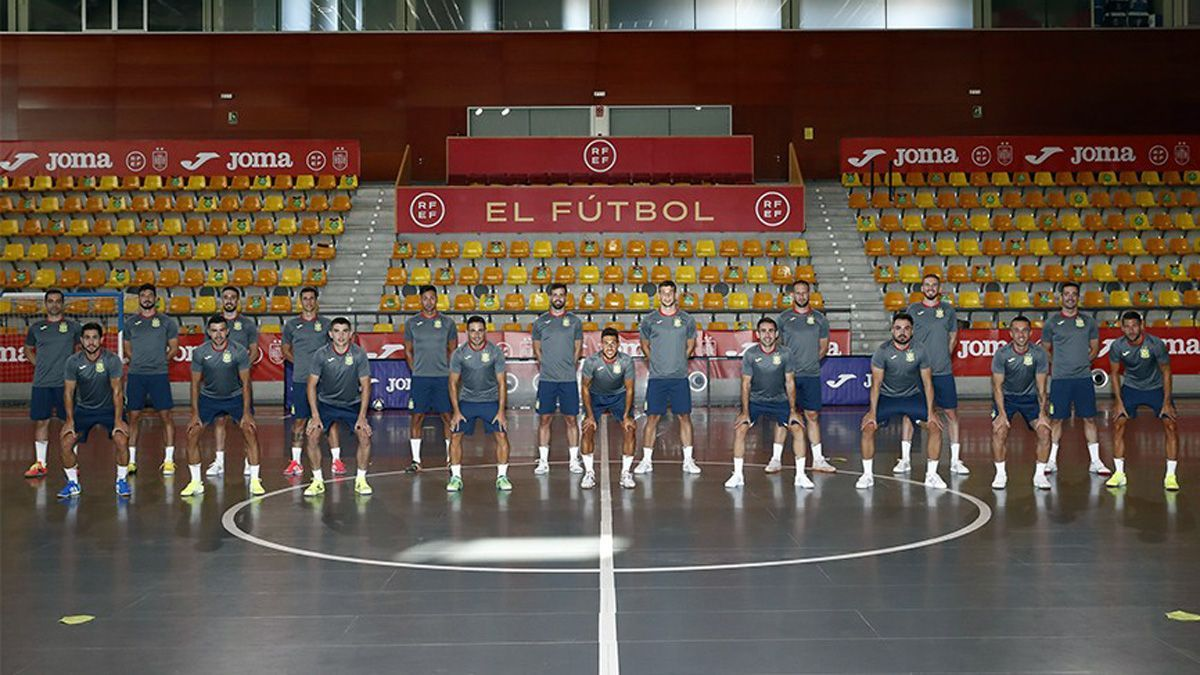 Selección española en el inicio de su concentración