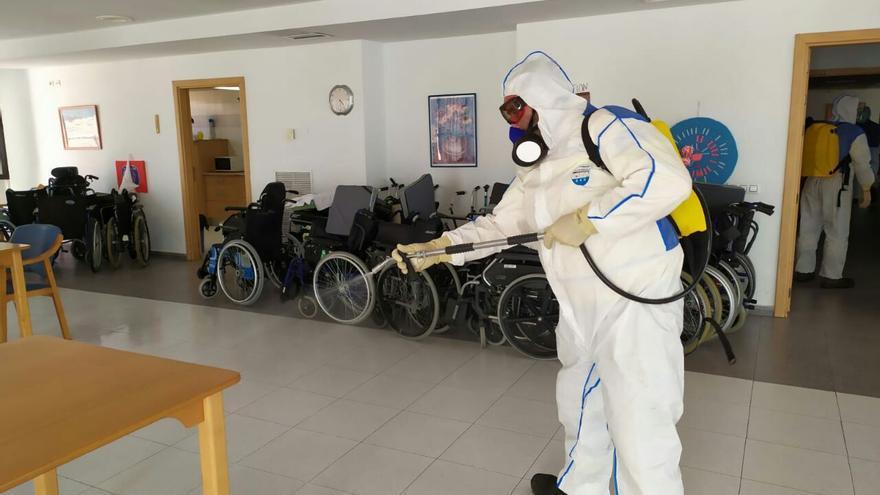 Labores de desinfección en residencia