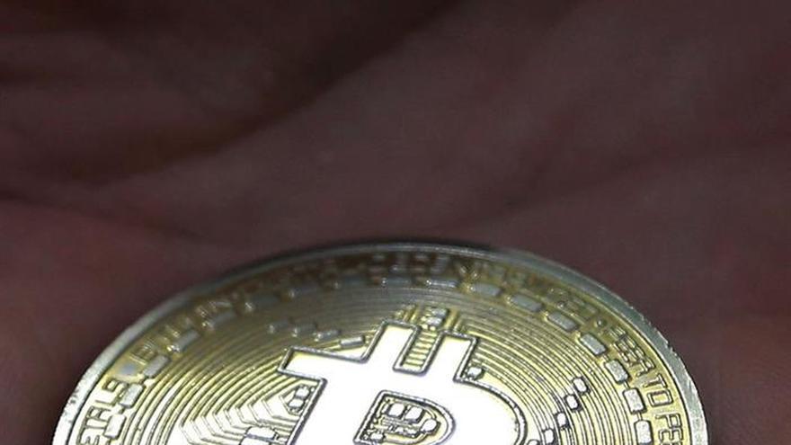 Seúl asegura vigilar los movimientos de Pyongyang en los mercados de bitcóin