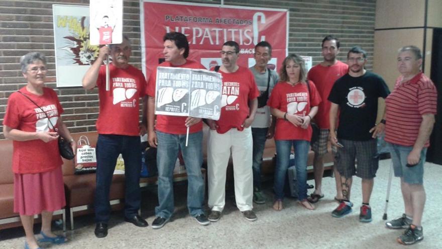 Encierro de afectados por Hepatitis C, Albacete, 25/6/15 / Foto: albacetecapital.es