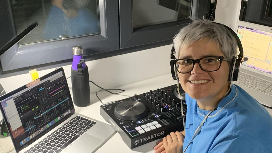 Aurora Mora, creadora del podcast Sampleòpolis.