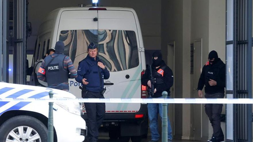 Prolongan dos meses la prisión de Abrini, sospechoso del atentado de Bruselas