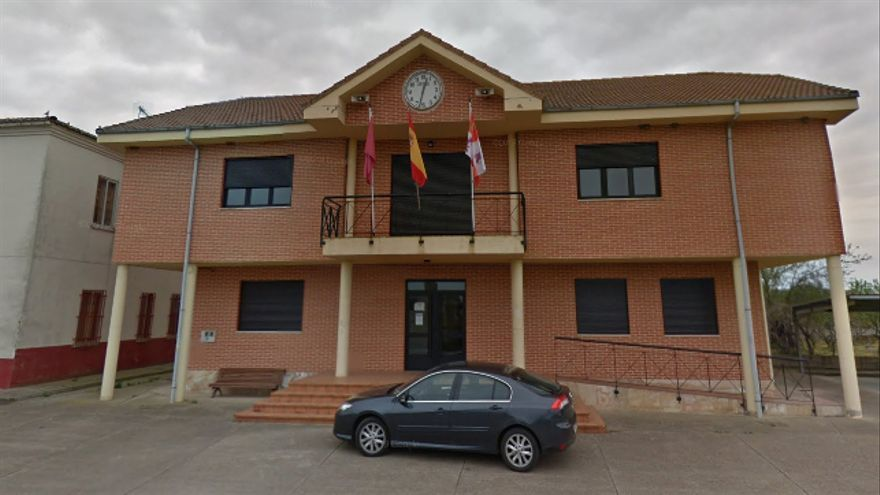 El Ayuntamiento de Villanueva de las Manzanas (León).