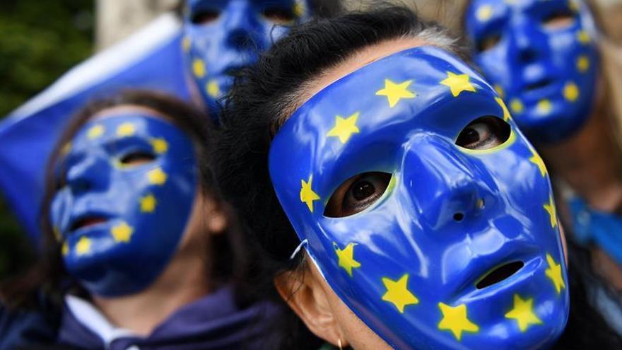El Parlamento británico da el primer paso hacia la ruptura con la UE