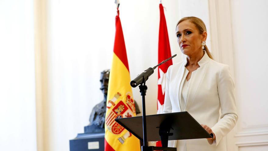 Cristina Cifuentes, durante el anuncio de su dimisión