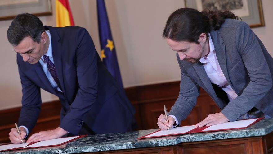 """Sánchez e Iglesias anuncian un Gobierno de coalición basado en la """"lealtad"""" y para cuatro años"""
