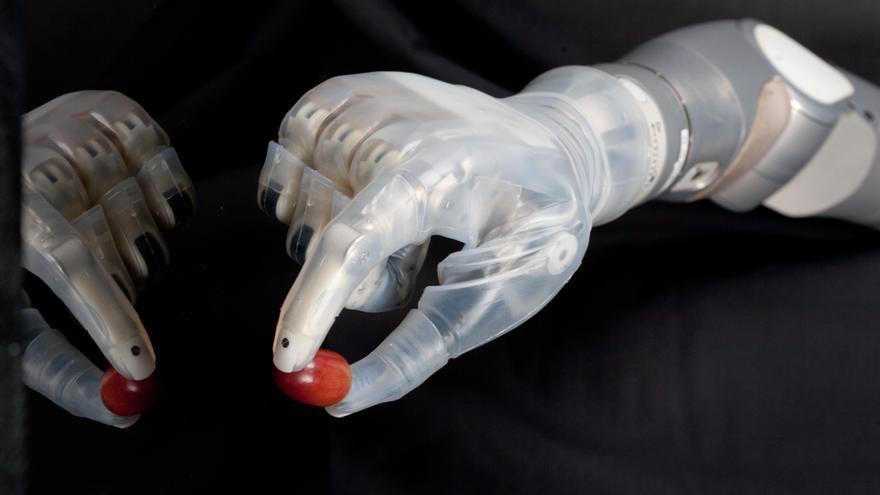 La agencia estounidense DARPA ha financiado el desarrollo de un prototipo de mano biónica