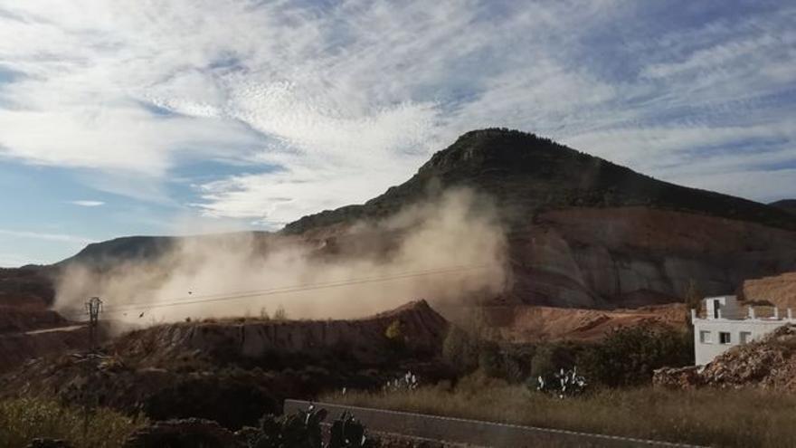 Una voladura en la mina de Villar del Arzobispo