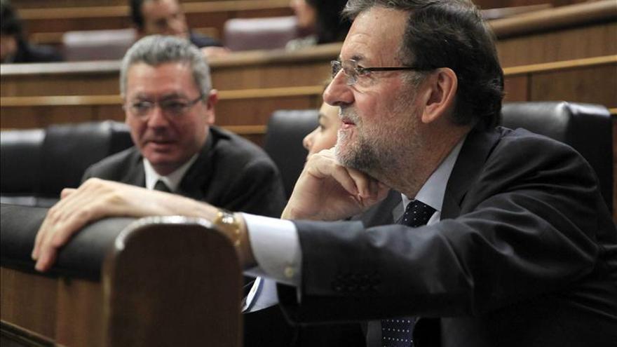Rajoy encarga a Trabajo una ley que obligue a cumplir los servicios mínimos
