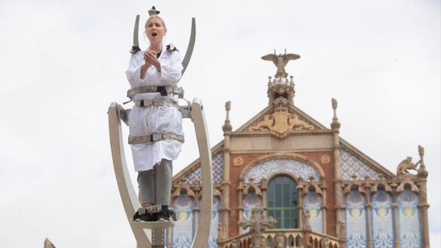 La Fura dels Baus trae su espectáculo 'Nova Normalitat' a Sierrallana