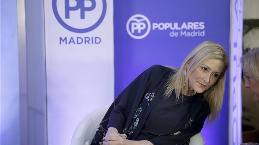 Cifuentes achaca al equipo de campaña, y no a Rajoy, su ausencia en el debate