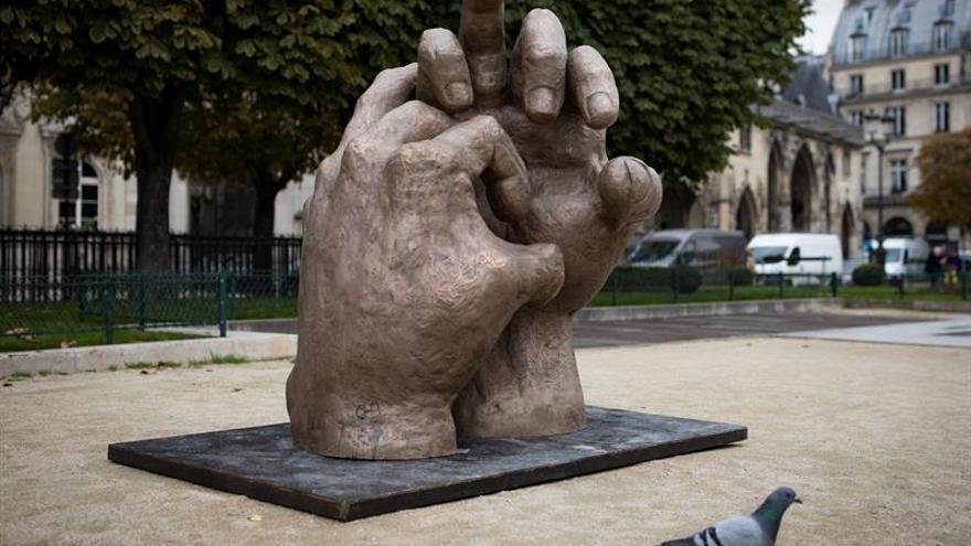 París, protagonista de la última muestra de Eduardo Chillida Belzunce