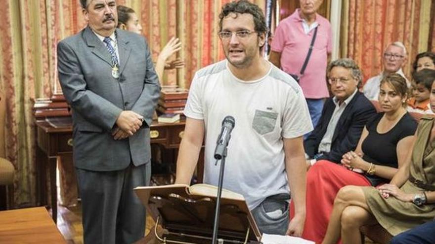 Dailos González en su toma de posesión como consejero. Foto: LUZ RODRÍGUEZ