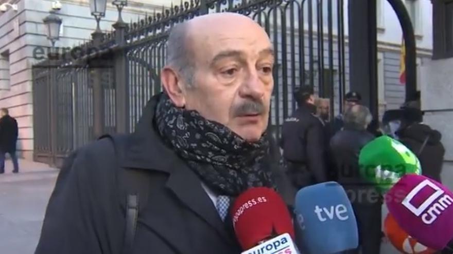 Mazón acude a la primera sesión manteniendo su 'no' y sin plantearse la caída del Gobierno de Cantabria