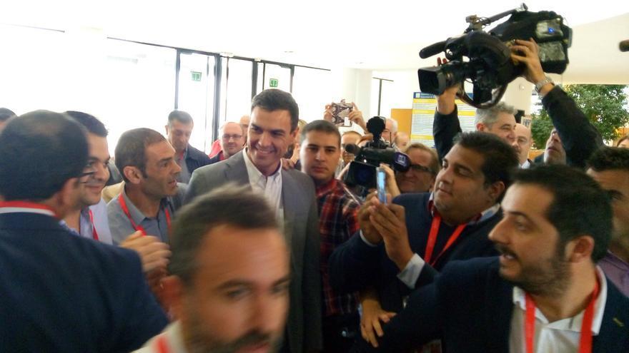 El líder del PSOE, Pedro Sánchez, durante su visita a Alicante
