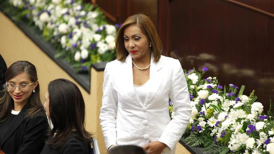 Disidente del partido de Martinelli es elegida presidenta de Parlamento de Panamá