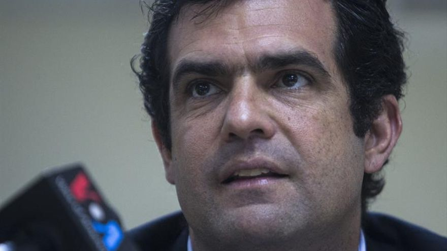 """Liberan a tres venezolanos considerados """"presos políticos"""", según una ONG"""