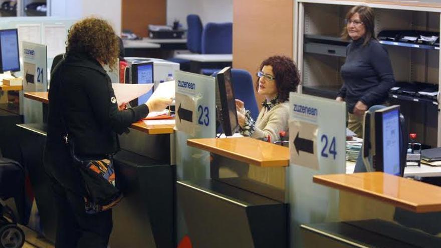 Los funcionarios del Gobierno vasco deben acreditar perfil lingüístico.
