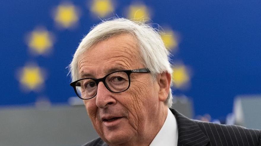 Juncker llega a Túnez para una visita diseñada para estrechar la cooperación