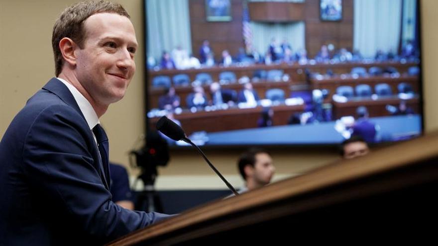 La Universidad de Cambridge se defiende de las acusaciones de Mark Zuckerberg
