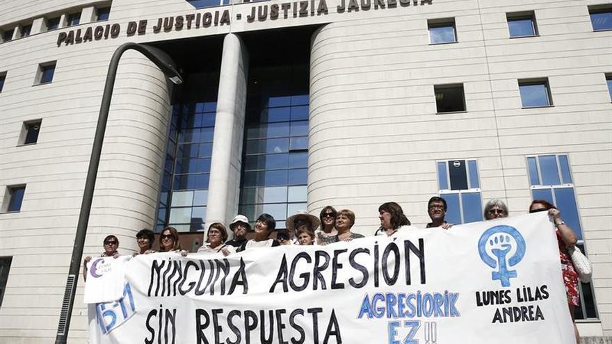 Remiten a San Sebastián el supuesto hurto de los acusados de violación en San Fermín