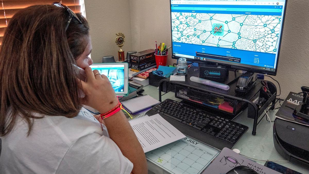 Más de mil rastreadores voluntarios para frenar el COVID-19 en Florida