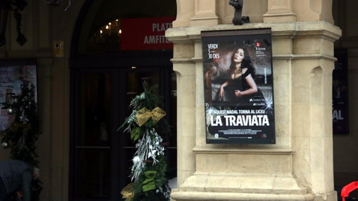 El Gran Teatro del Liceo suspende las funciones de 'La Traviata'.