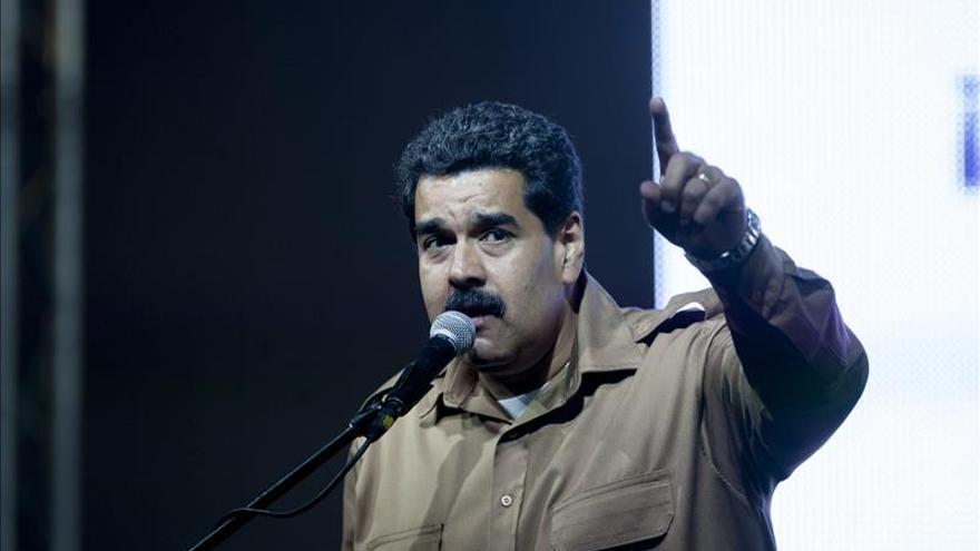 """Maduro dice """"hay gente presa"""" por compraventa votos en los comicios venezolanos"""