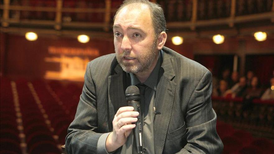 Juez cita a Grueso por supuestas irregularidades en la gestión del Niemeyer