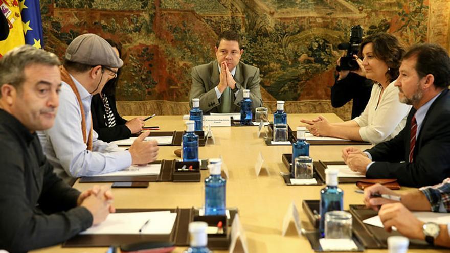 Reunión de Emiliano García-Page con representantes sindicales de Elcogas / JCCM