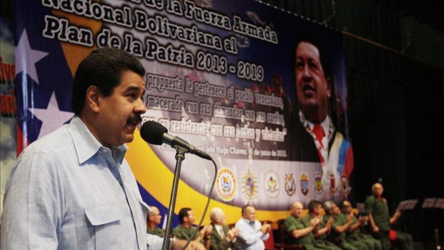 Chávez está muy tranquilo y consciente de todas las fases del postoperatorio
