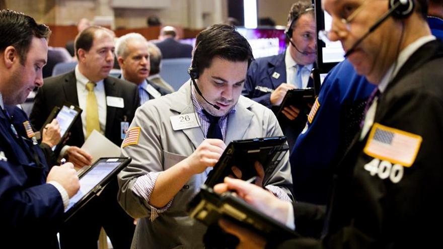 Las bolsas latinoamericanas bajan en sintonía con Wall Street