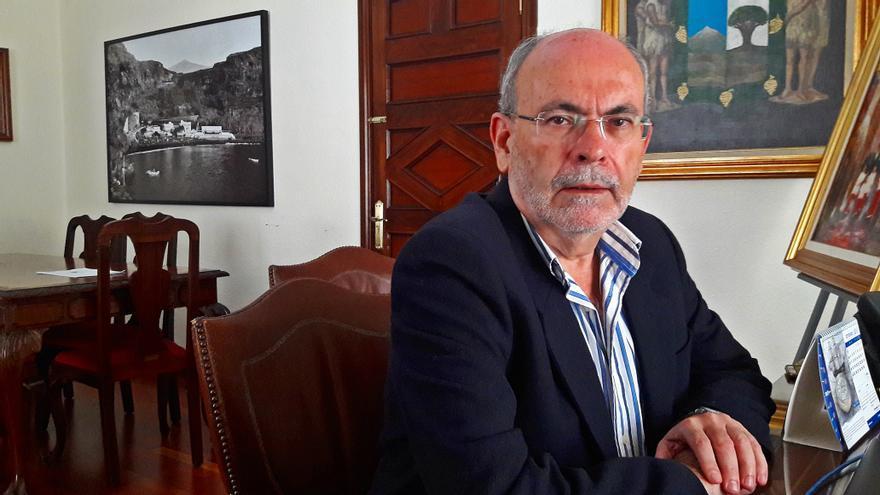 José Ramón (Moncho) León, alcalde de Icod de los Vinos, tras la moción de censura contra CC