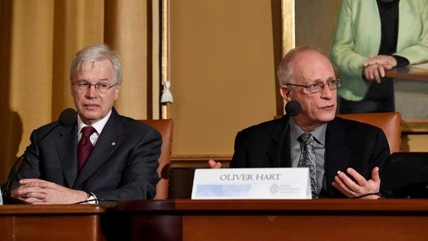 El Nobel de Economía Hart, preocupado por algunas políticas anunciadas por Trump