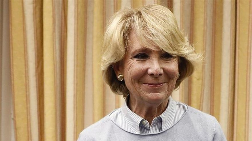"""Esperanza Aguirre: """"En España dimitir es fatal, resistir es lo que se lleva"""""""