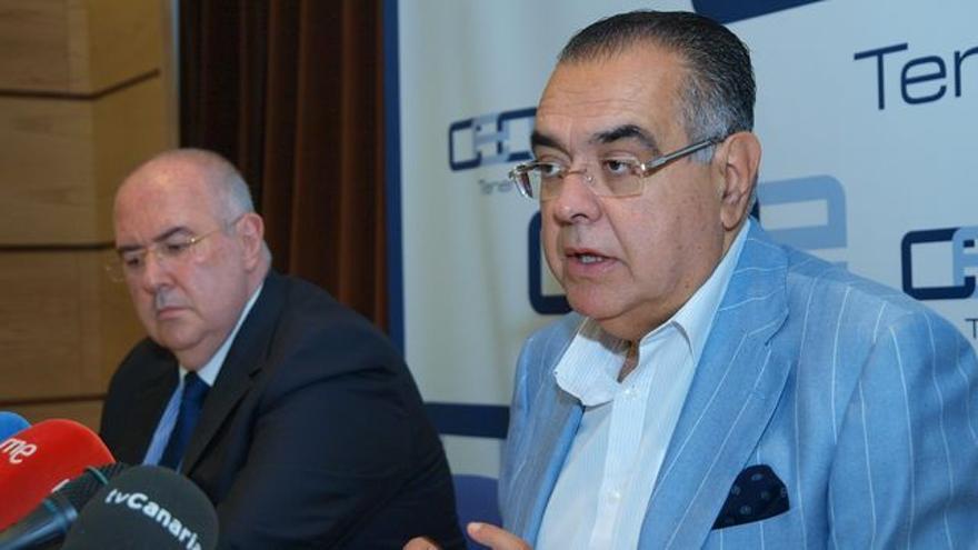 Pedro Alfonso, secretario general de CEOE-Tenerife, y José Carlos Francisco, presidente