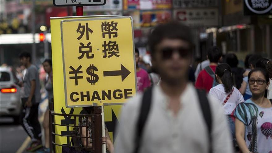 La Bolsa de Hong Kong pierde un 0,08 % a media sesión