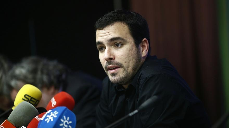 """Garzón cree que IU debe hacer """"autocrítica"""" sobre Moral Santín, que """"saqueó"""" Caja Madrid """"disfrazado"""" con sus siglas"""