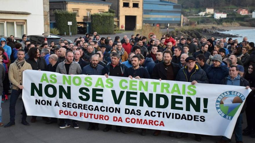 Manifestación del personal contra la segregación y venta de las centrales