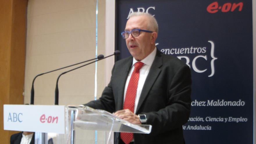"""Consejero andaluz de Economía, sobre el decreto de luz y agua que estudia IU: """"La beneficencia recuerda a otros tiempos"""""""