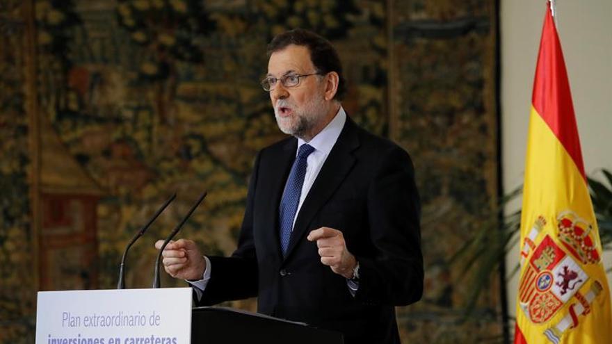 """Rajoy recibe los datos de la EPA como """"gasolina"""" para seguir avanzando"""