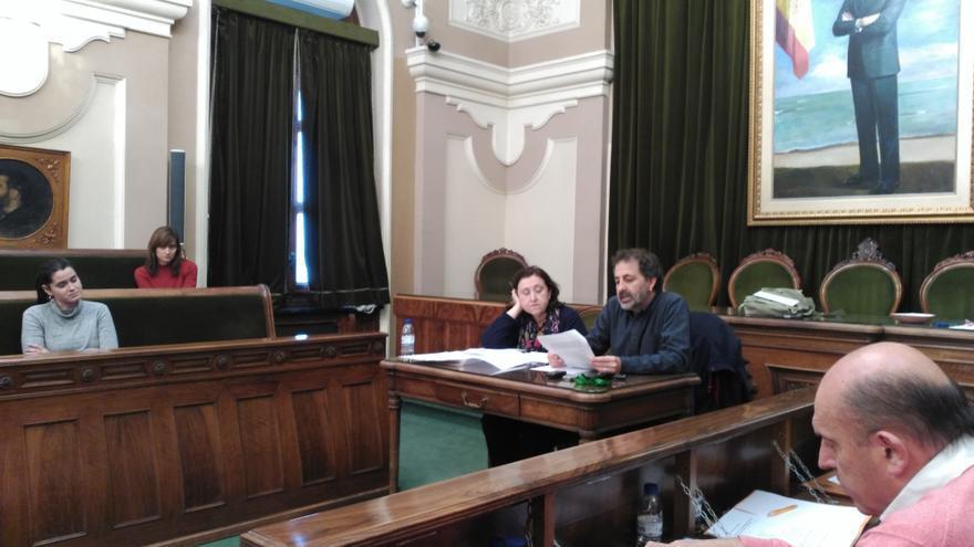 Imagen de una sesión de la comisión de investigación sobre las fiestas del Ayuntamiento de Castellón.
