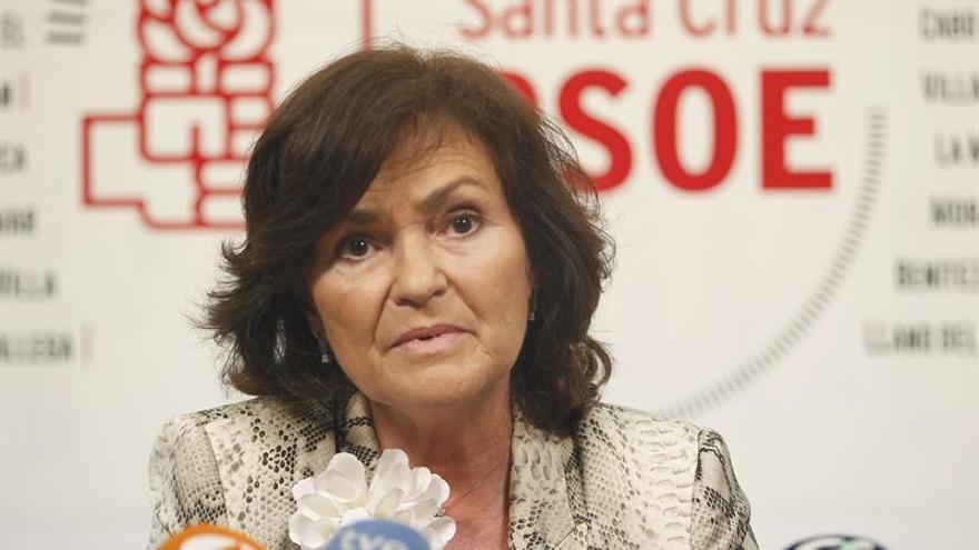 """Carmen Calvo cree que el feminismo debe pasar de la calle """"a la acción"""""""