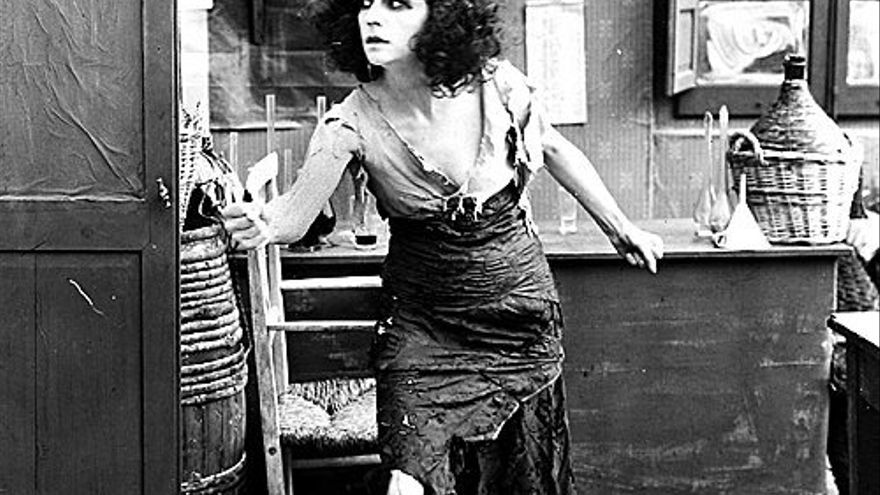 La mujer fatal en el cine (I): Theda Bara, Mae West y la mala conciencia del patriarcado