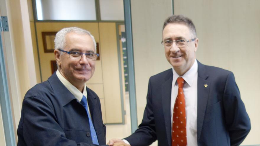 En la imagen, Óscar Izquierdo (i) y Fernardo Berge.
