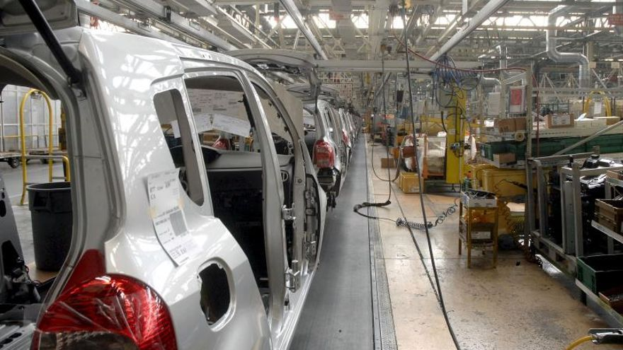 Las ventas de la industria caen un 3,4 por ciento en noviembre y los pedidos, un 5,1 %